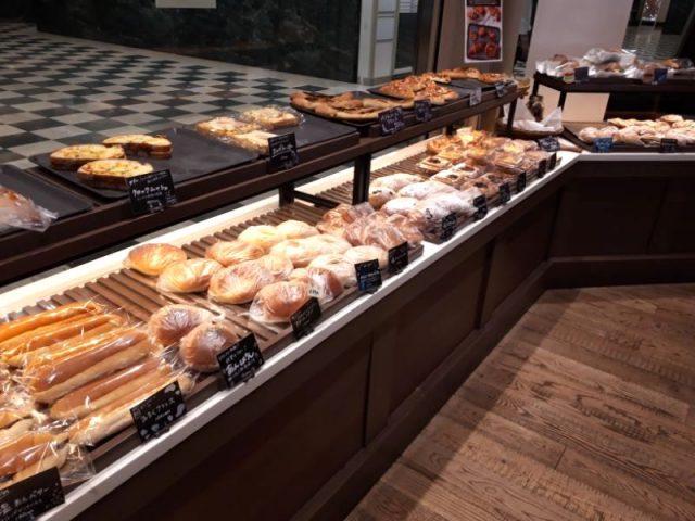 FRESHNESS BURGER 聖路加タワー店パン