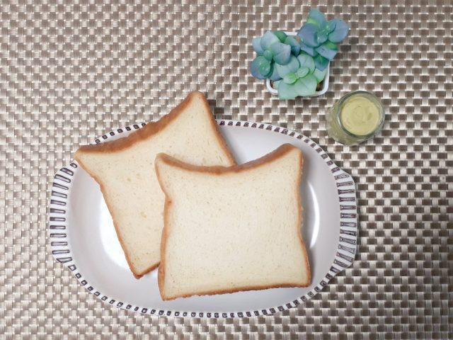 クレームオブール食パン