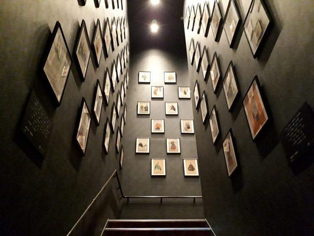 アートアクアリウム階段