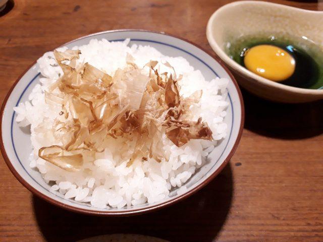 鶏鬨新川店卵かけごはん