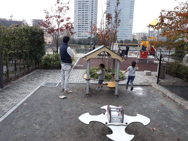月島三丁目児童遊園外観